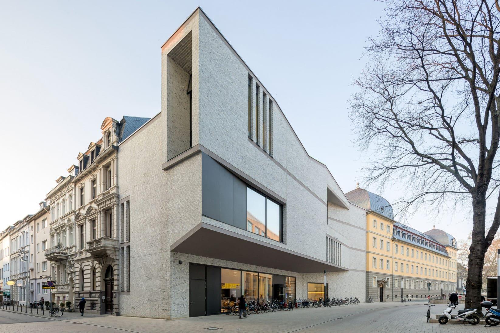 Haus der Bildung Architektur