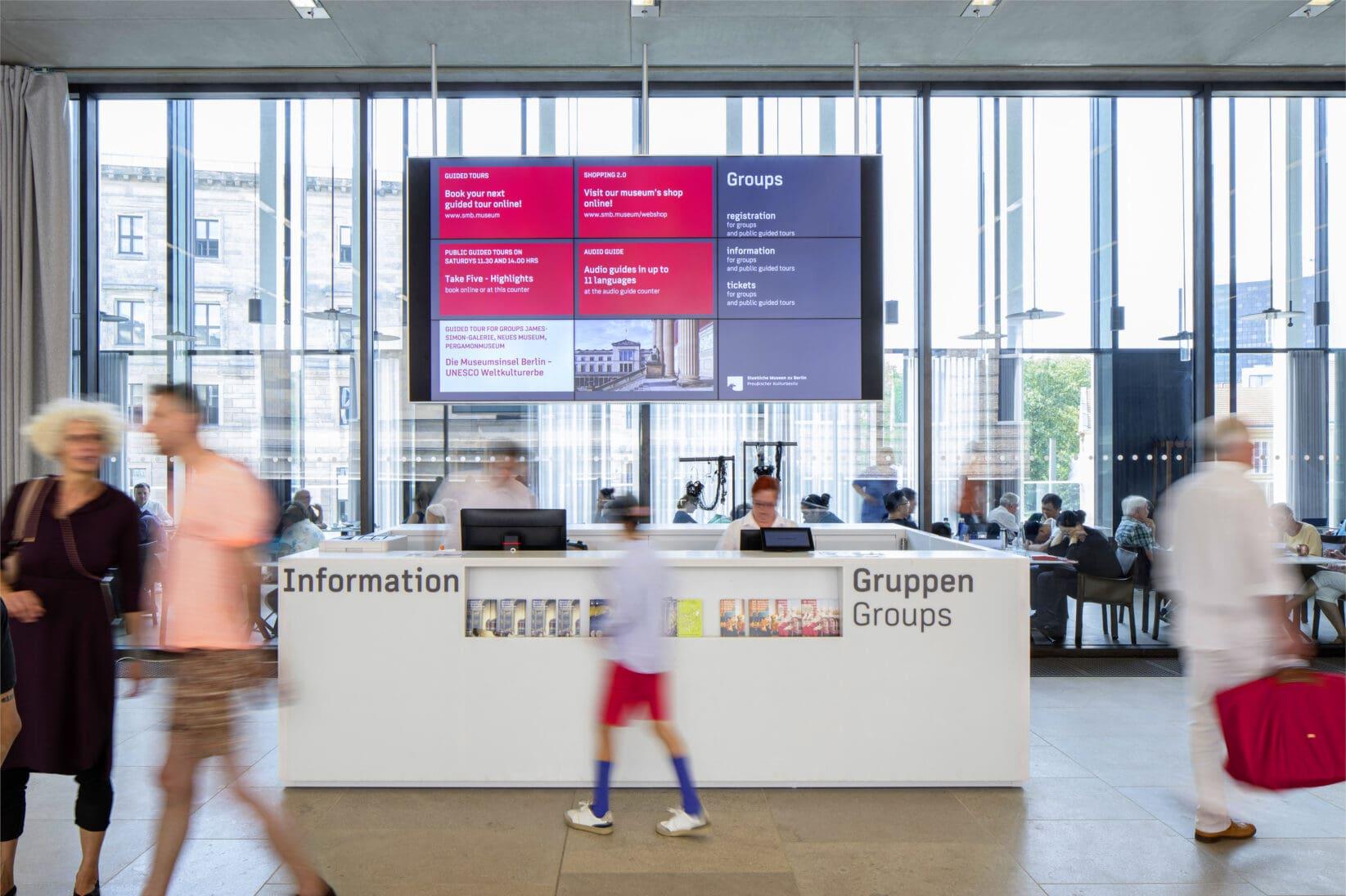 Museumsinsel Berlin James-Simon-Galerie Grafik Digitale Medienwand