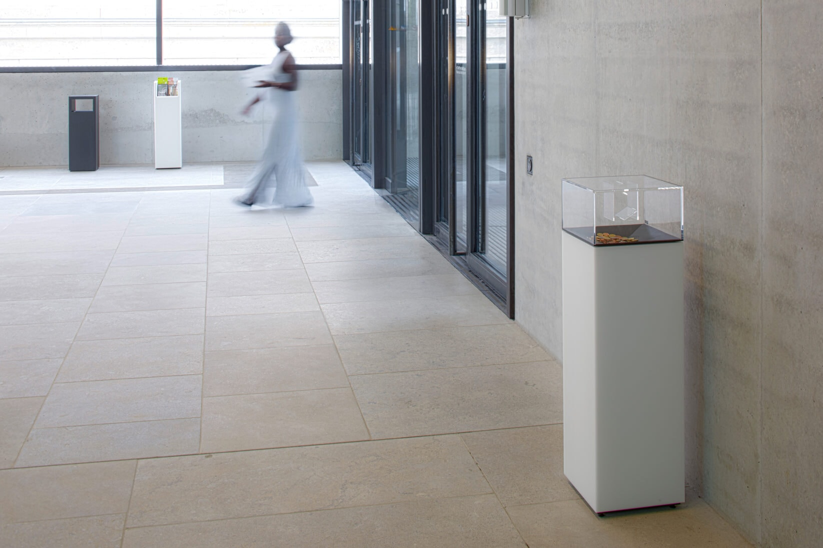 Museumsinsel Berlin James-Simon-Galerie Servicemöbel