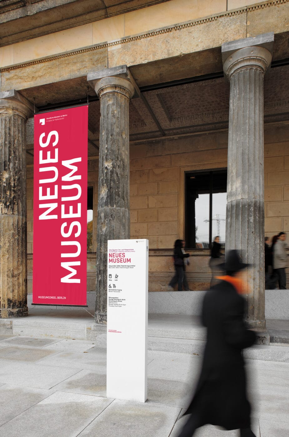 Museumsinsel Berlin Signage Banner NeuesMuseum
